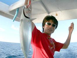 釣りをしたり、せいちゃんかつおをゲット、晩飯はかつおのたたきだぞ