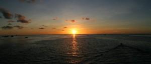 毎日、夕日がきれいでした、またこの夕日を見たいな。