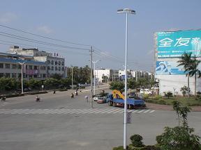 町の中はどこか北朝鮮のようです
